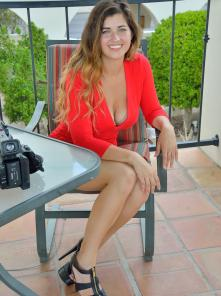 Gianna-II Gorgeous In Red Picture 16