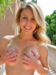 Leah First Time Nude Picture 9