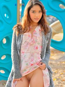 Melody-II At The Playground Picture 2