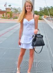 Victoria That Cute Blonde Picture 1